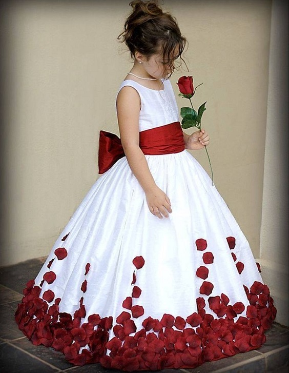 Colors Wedding Red And White Simple Wedding Red Bridesmiad Dresses And White Bouquets,Long Sleeve Sherri Hill Wedding Dresses